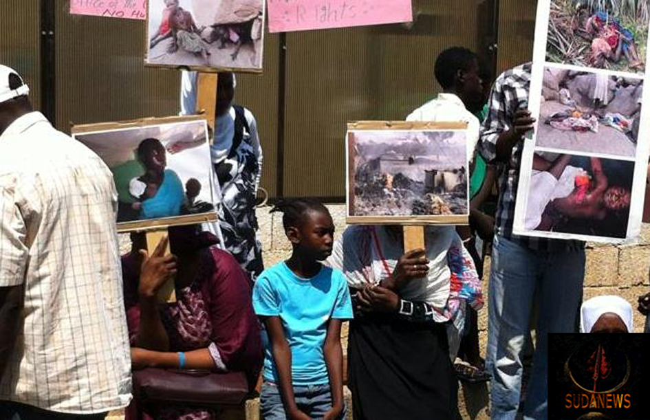 Photo:- Sudanese nationals protest in front of the UNHCR offices in Beirut, Monday, July 21, 2014. The Daily Star/Mazen Sidahmed